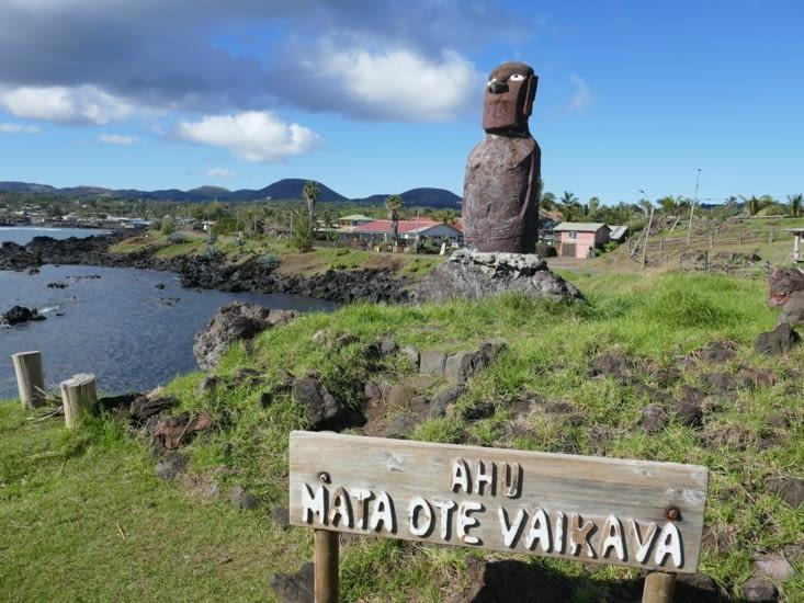 Un des rares Moai avec des yeux