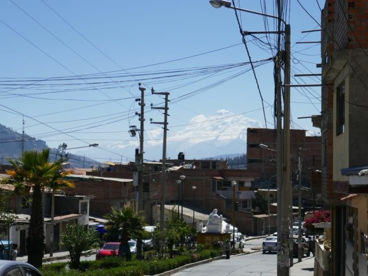 Huaraz, petite ville montagnarde