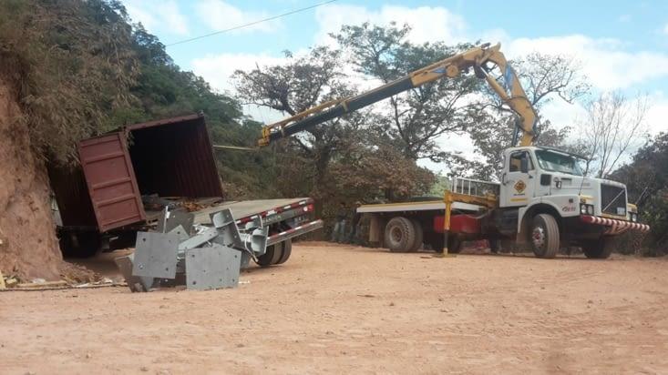 Le camion bloquant la route