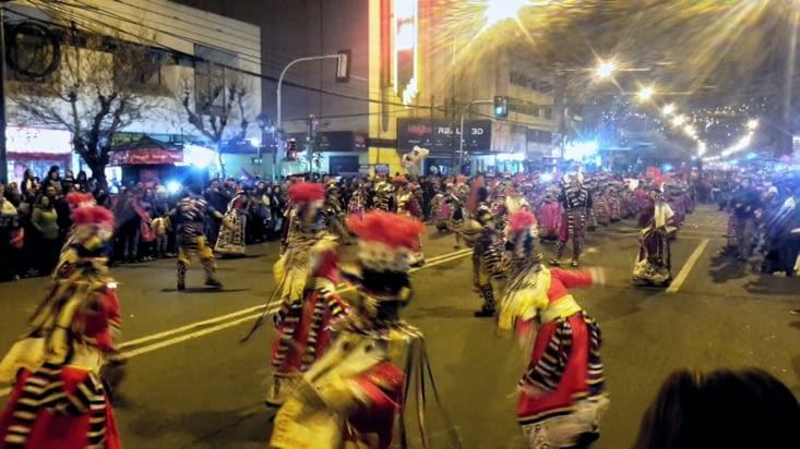 Carnaval du solstice d'hiver (eh oui c'est pas l'été ici !!)