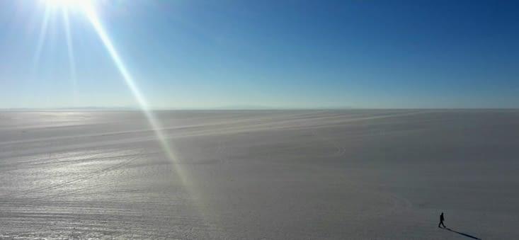 Salar d'Uyuni, partie sèche (Bolivie)