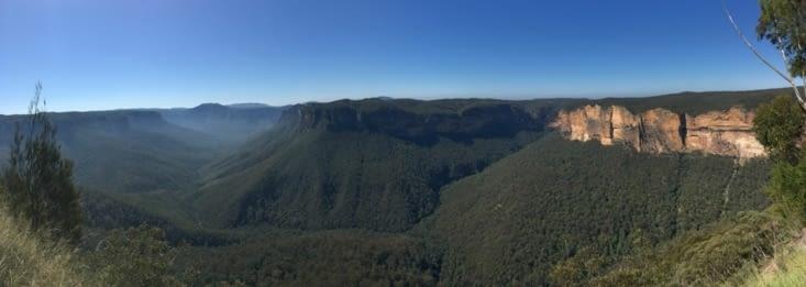 Point de vue du bleu des montagnes