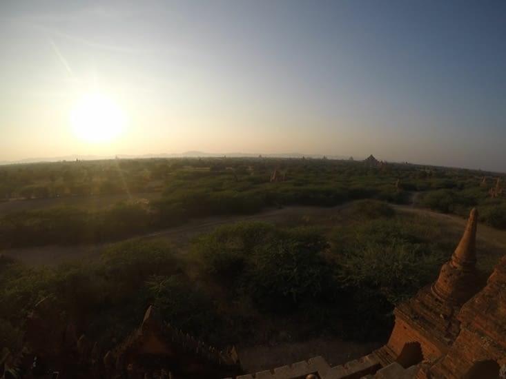 Couché de soleil birman...