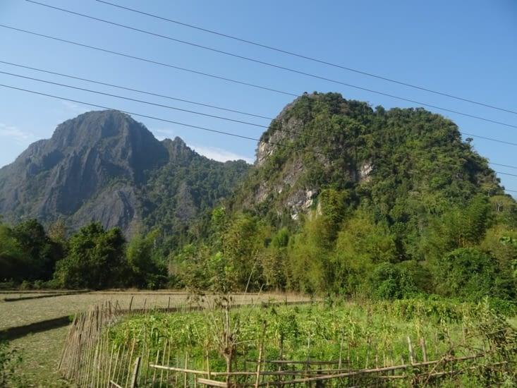 Paysages aux montagnes karstiques... Tout simplement magnifique...