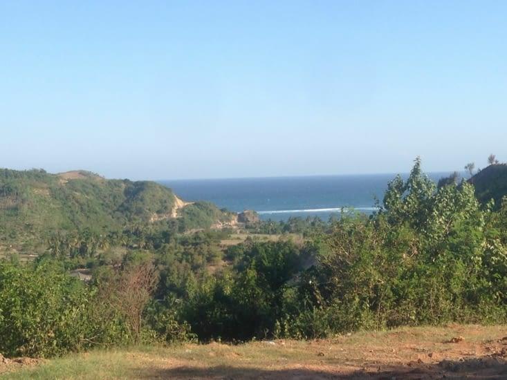 Vue depuis les collines avoisinant Kuta