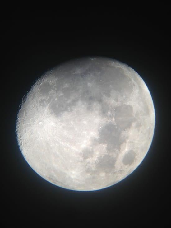 Photo de la lune depuis notre téléscope