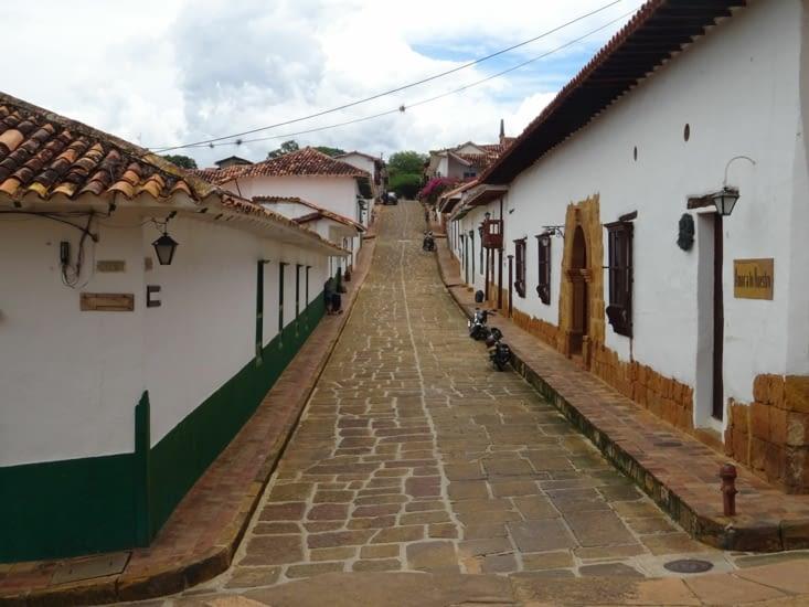 Rues pavées du village