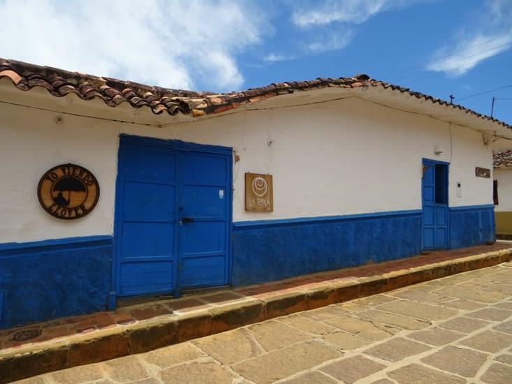 Très belle façade bleue