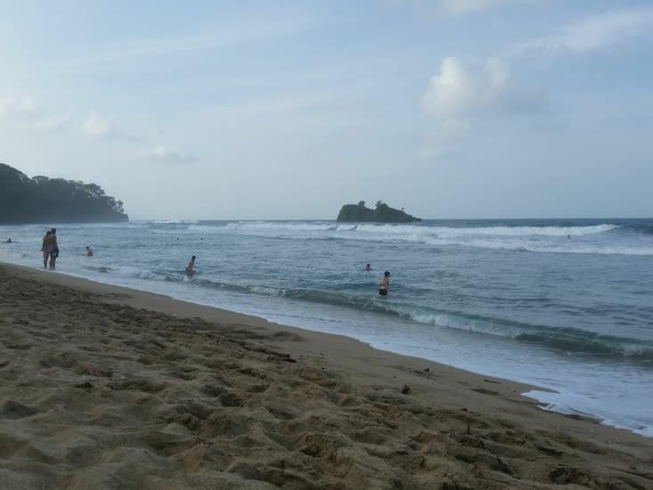 La plage à 100 metres de l'hotel