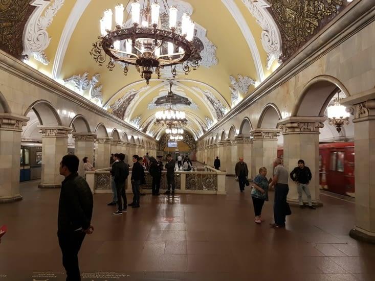 Visite du métro de Moscou