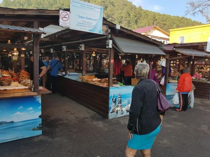 Marche poisson lac Baikal