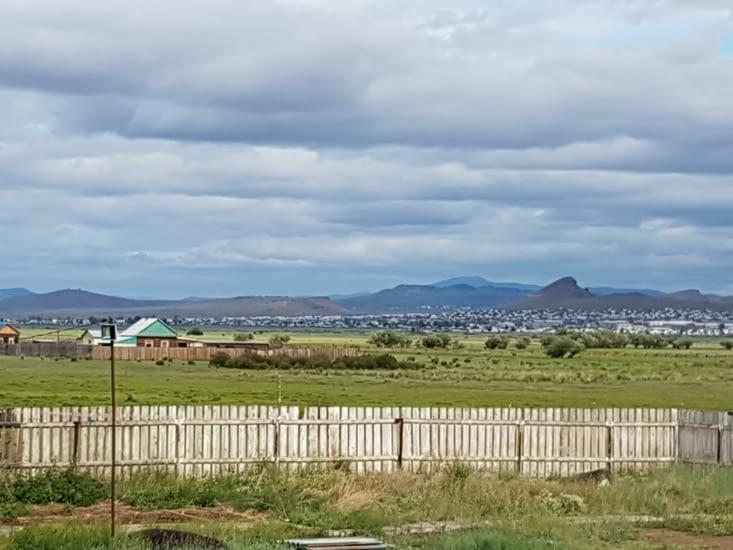 Les paysages se transforment et comme cent à ressembler à la Mongolie