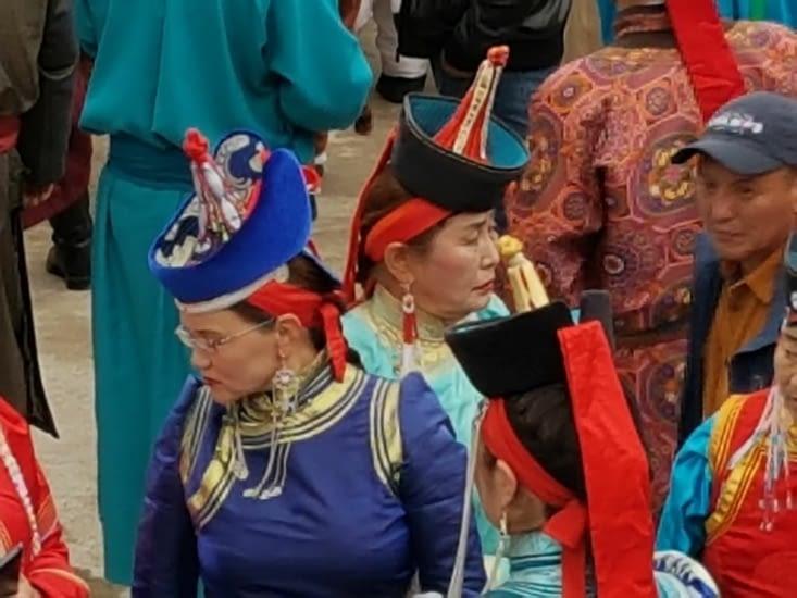 Costumes traditionnels des femmes