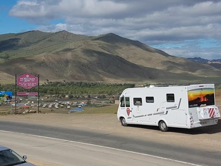 Notre Camping Car devant un paysage magnifique