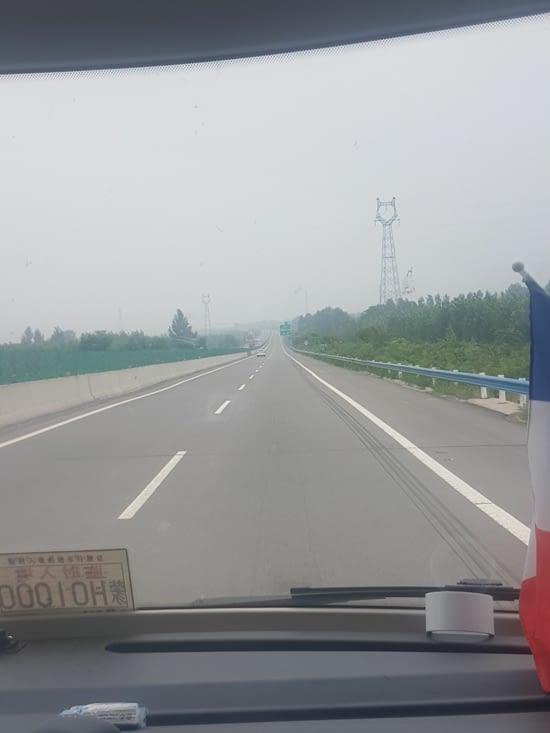 Toujours peu de véhicules sur certaines autoroutes