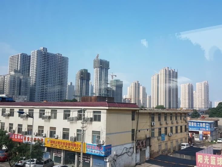 XI'AN: Ville de 9 millions d'habitants et donc beaucoup d'immeubles.