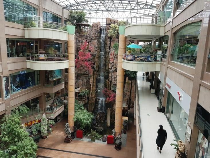 Le musé est situé sur 6 étages au dessus du supermarché!