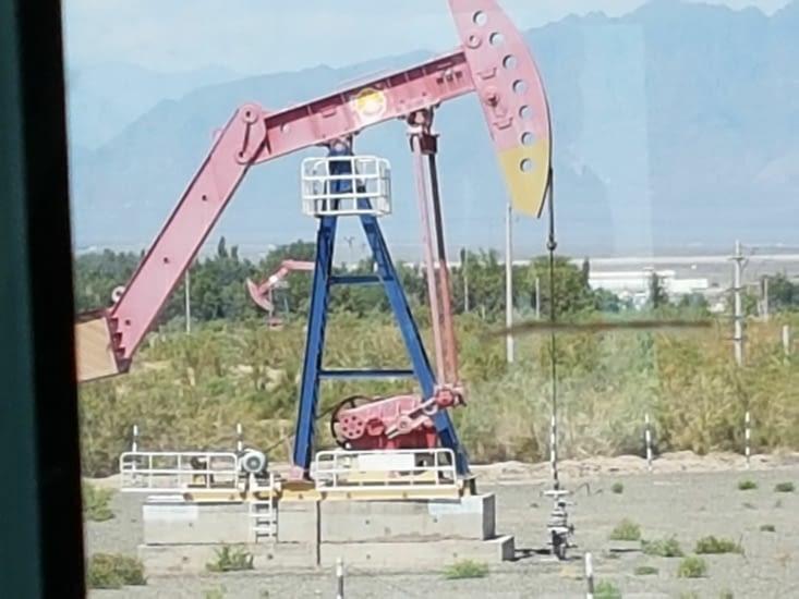 De nombreux puits de pétrole dans la Region