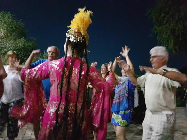 ...et la danse avec les artistes!