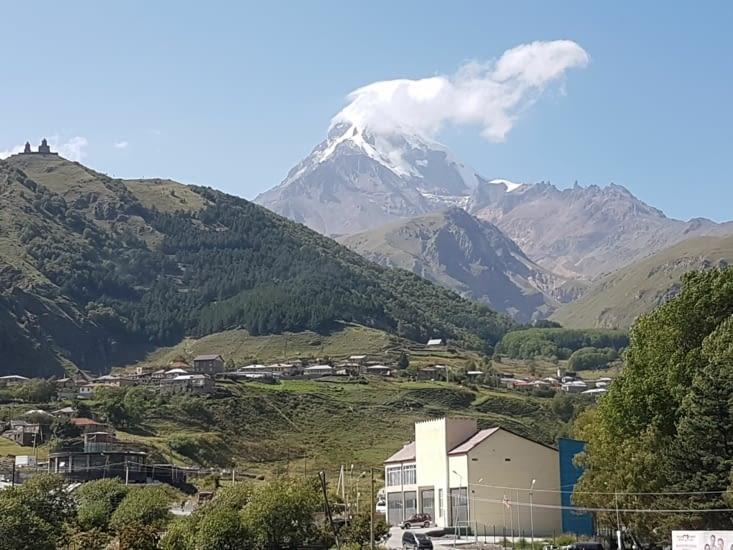 Le mont Kazbek en gros plan