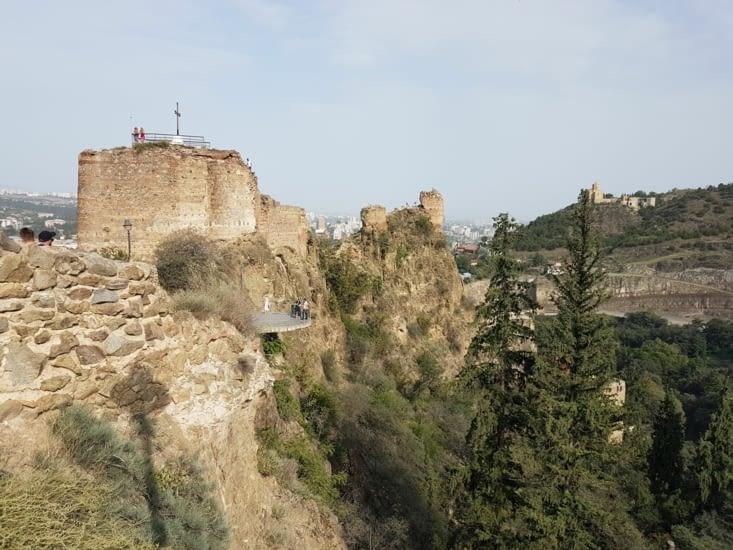 La forteresse Narikala
