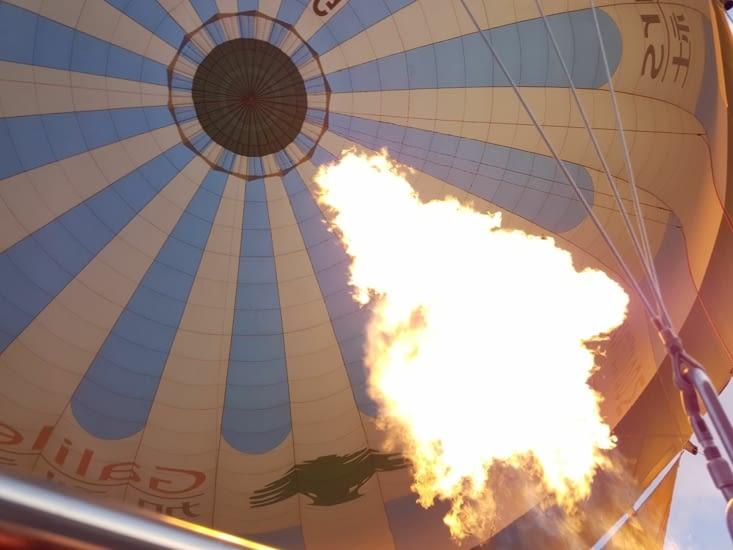 Sortie de gaz du montgolfière