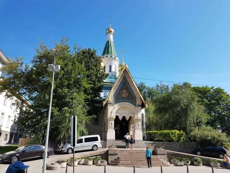 Une jolie petite église orthodoxe