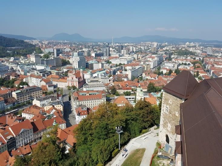 Autre vue sur la ville du haut de la  citadelle