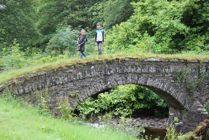 Le petit pont et la rivière
