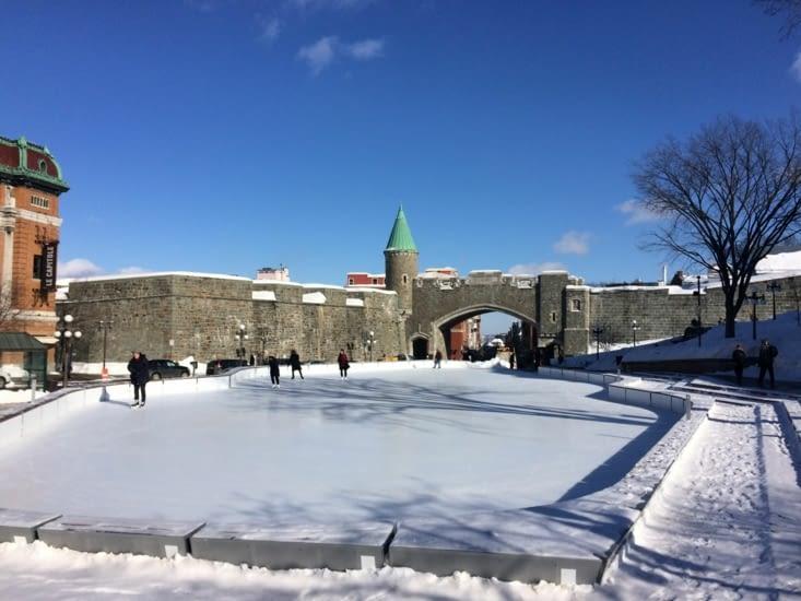 La porte Saint-Jean, l'un des points d'entrée du Vieux-Québec