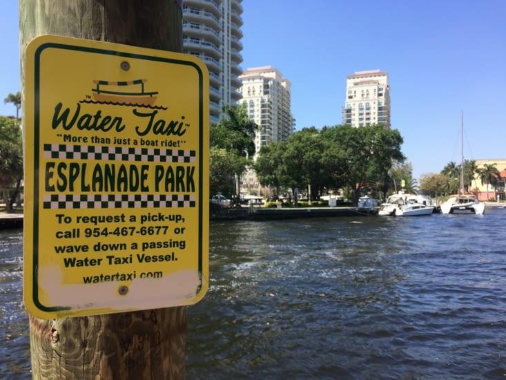 Arrêt du Water Taxi