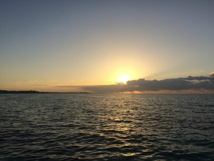 Levé de soleil vu depuis la jetée Edward B. Knight