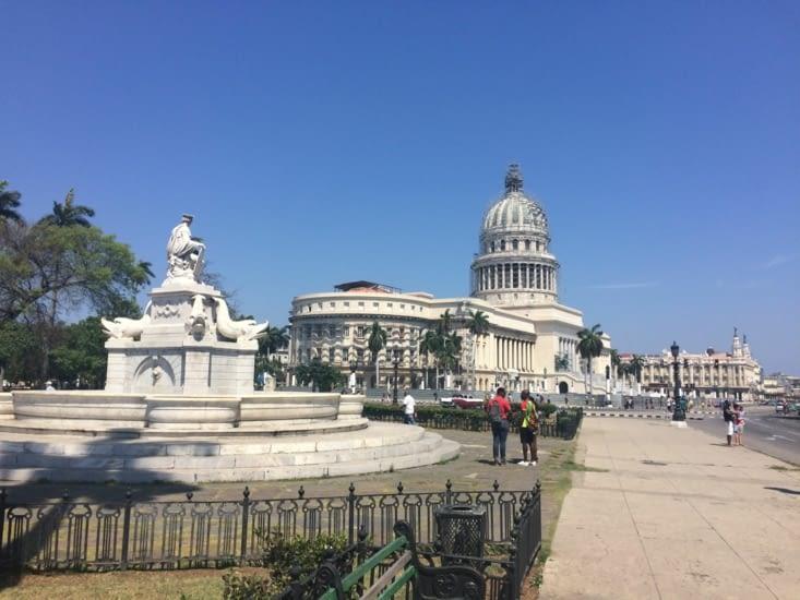 La Capitole, vu depuis le Parc de la Fraternité