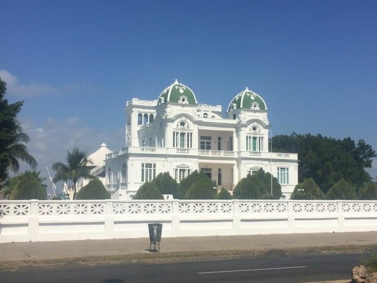 Le Yacht Club de Cienfuegos