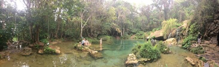 Bassin dans lequel il est possible de se baigner