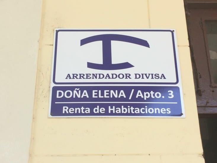 Ce symbole bleu est affiché devant chaque casa