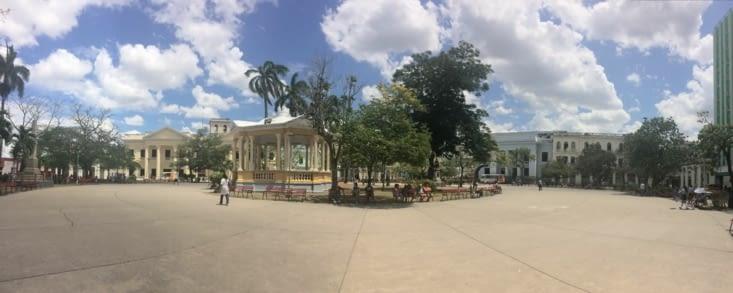 Vue panoramique sur le parc Leoncio Vidal