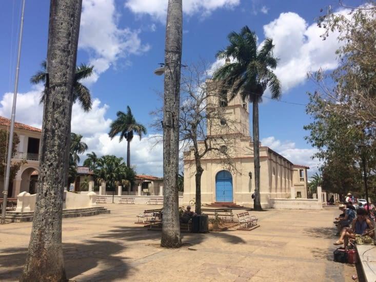 Le parc José Marti et son église Del Sagrado Corazon
