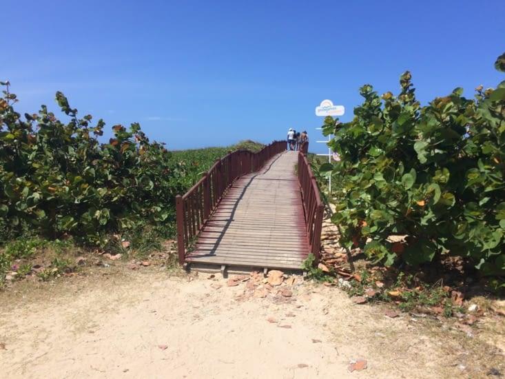 L'accès à la plage Santa Maria del Mar
