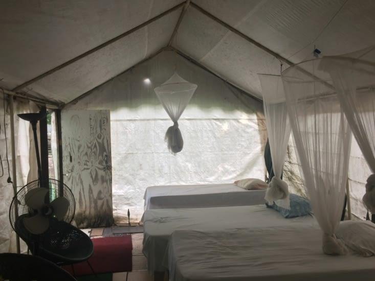 Ma tente à l'auberge The Durham Hostel