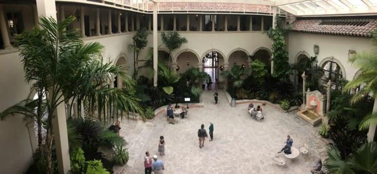 La cour intérieure de la villa Vizcaya