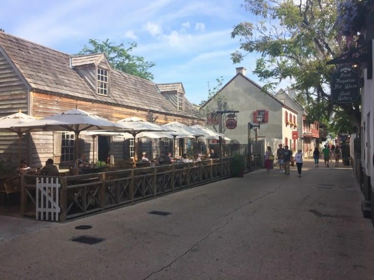 La rue commerçante Saint George Street