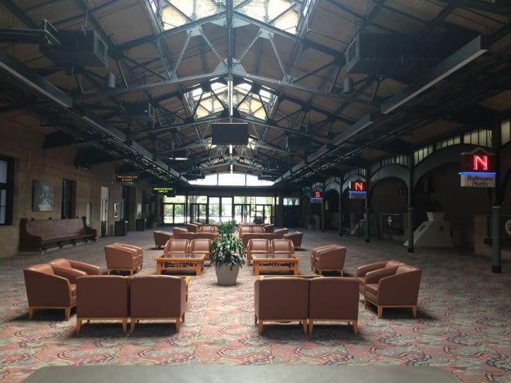 L'intérieur du Jacksonville Railroad Terminal