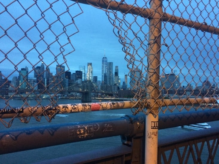 Brooklyn Bridge et Manhattan en toile de fond, depuis le Pont de Manhattan