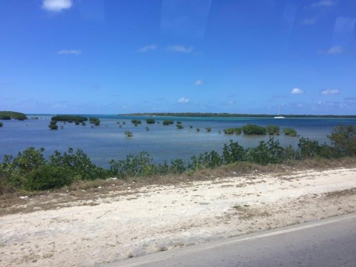 La magnifique route menant à Cayo Santa Maria