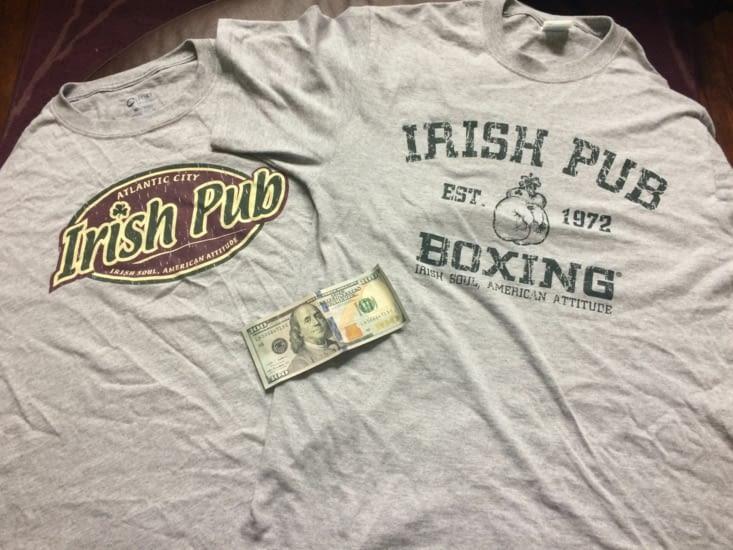 Deux t-shirts et un billet de 100 USD offerts !