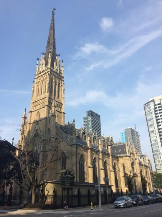 Cathédrale Saint-Michel de Toronto
