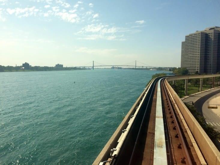 Le Pont Ambassadeur