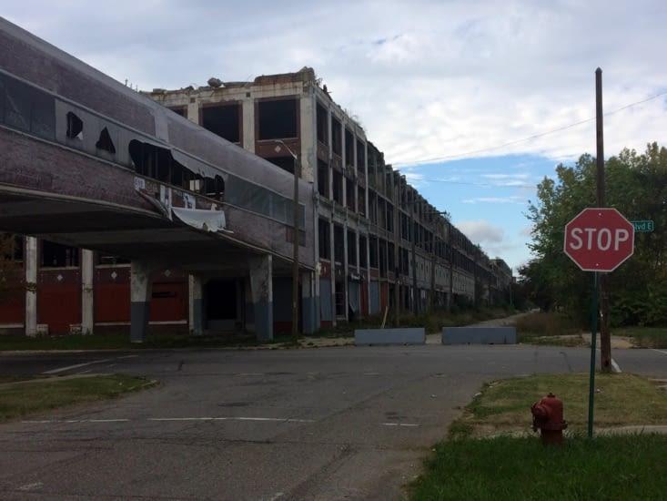 L'usine automobile Packard, désaffectée depuis 1958