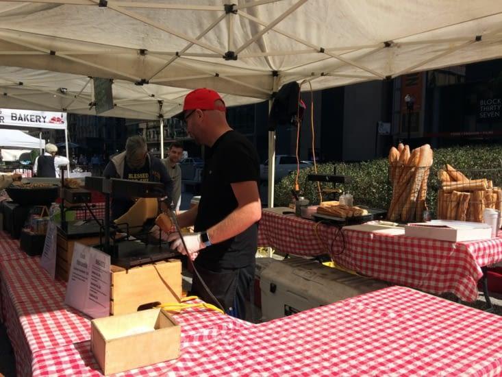 En y vend même de la raclette… en été !